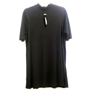 NWT Torrid Ribbed Mock Neck Cut-Out Tunic